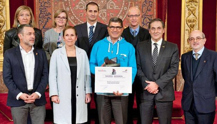 Los Maristas Azules recogen el Premio Internacional Navarra a la Solidaridad 2016